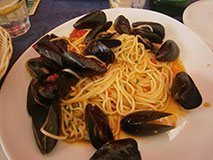 Pasta with mussels, Italian food
